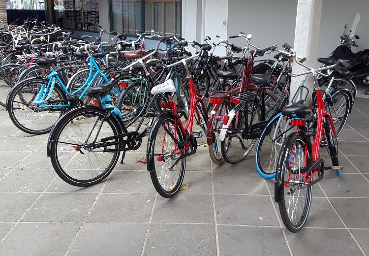swapfietsen in Amsterdam